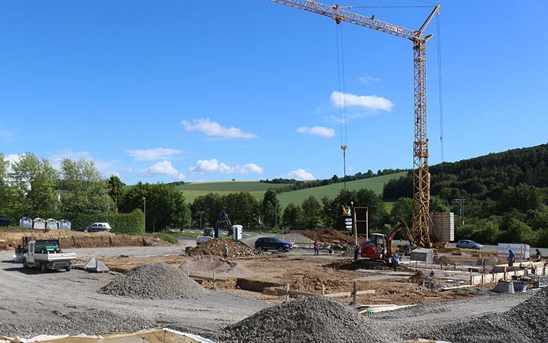 Miwe, Arnstein: Entwässerungskanalarbeiten, Rohbauarbeiten, Außenanlagen